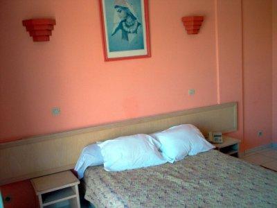 À l'hotel COS-ONE, à Agadir (Maroc), dans ma chambre d'hotel, à l'occasion du GNU/Linux Days 2008