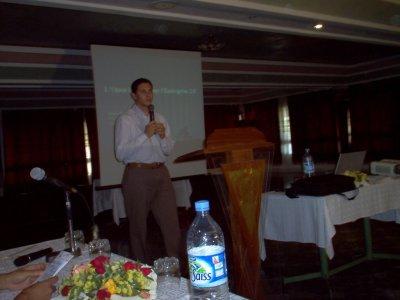 Conférence de Younes Qassimi, sur l'Entreprise 2.0, à l'occasion du GNU/Linux Days 2008